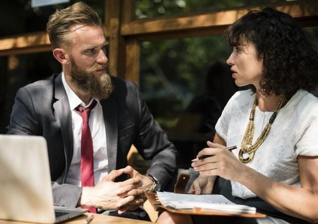 întâlnire de afaceri