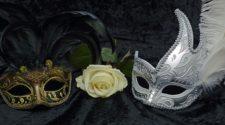 mascaradă