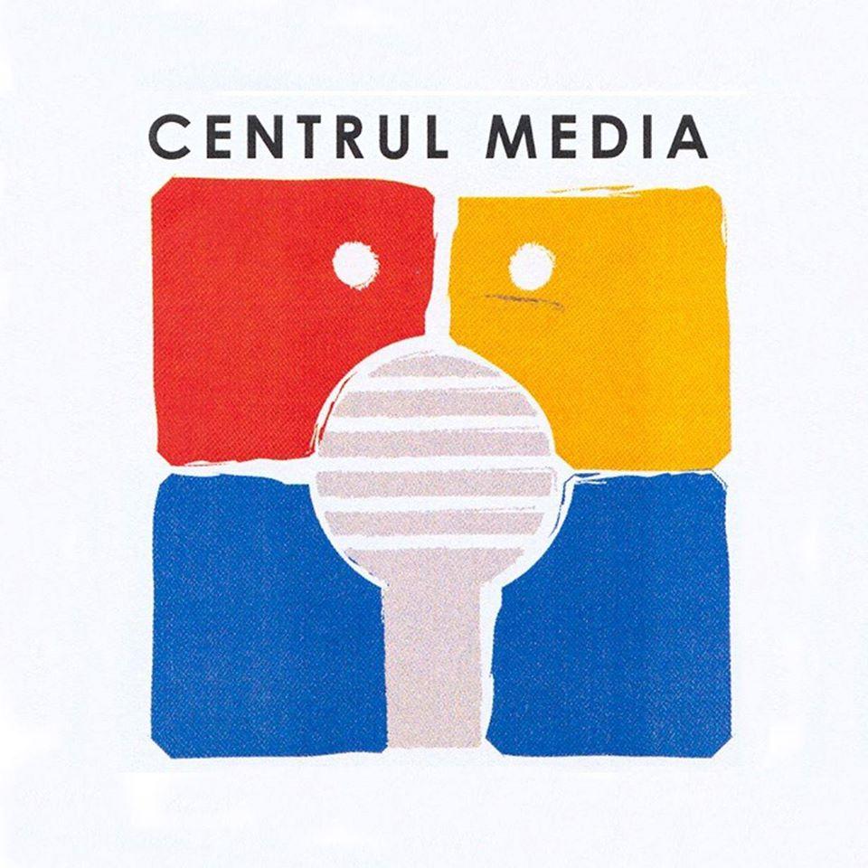 media lab pentru tineri voluntariat instruire