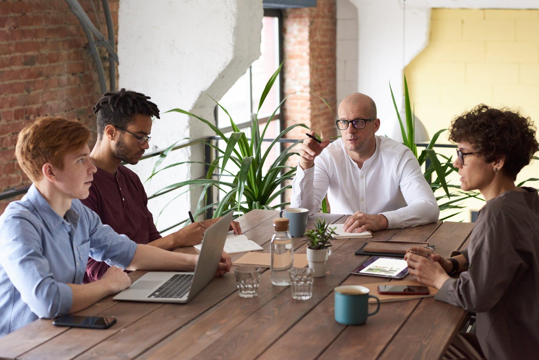 index code job relații cu clienții