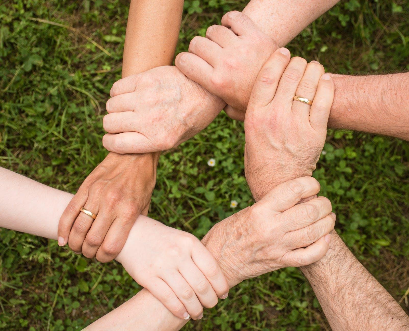 eveniment de consolidare a parteneriatelor intre tari