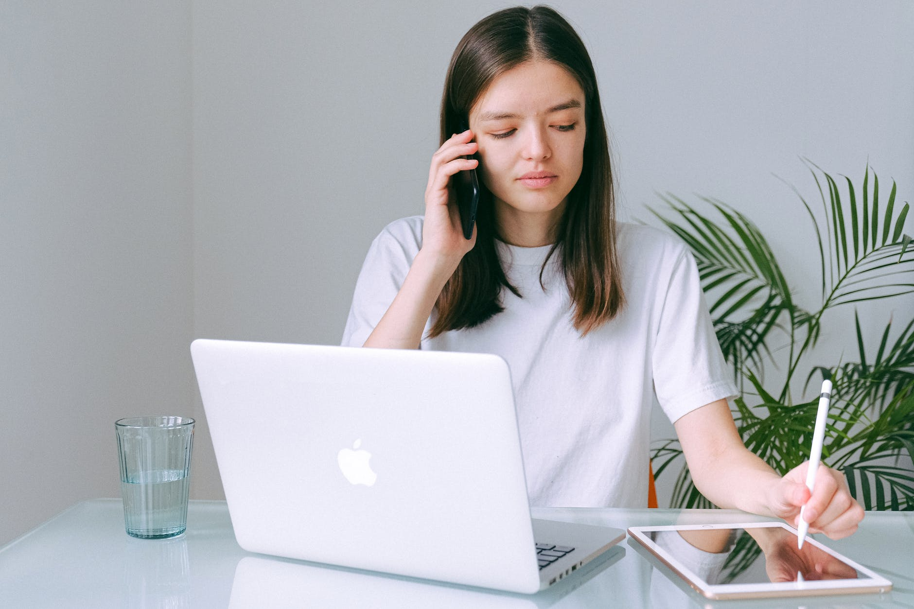 granturi mici femei antreprenoare