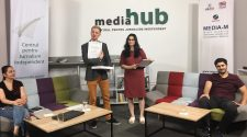 Educaţie media hackathon puterea a cincea