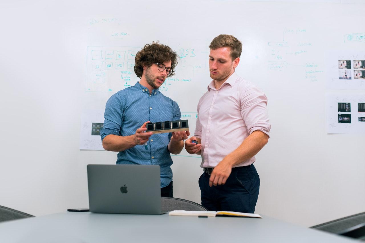 inovare discuție deschisă brevete soluții
