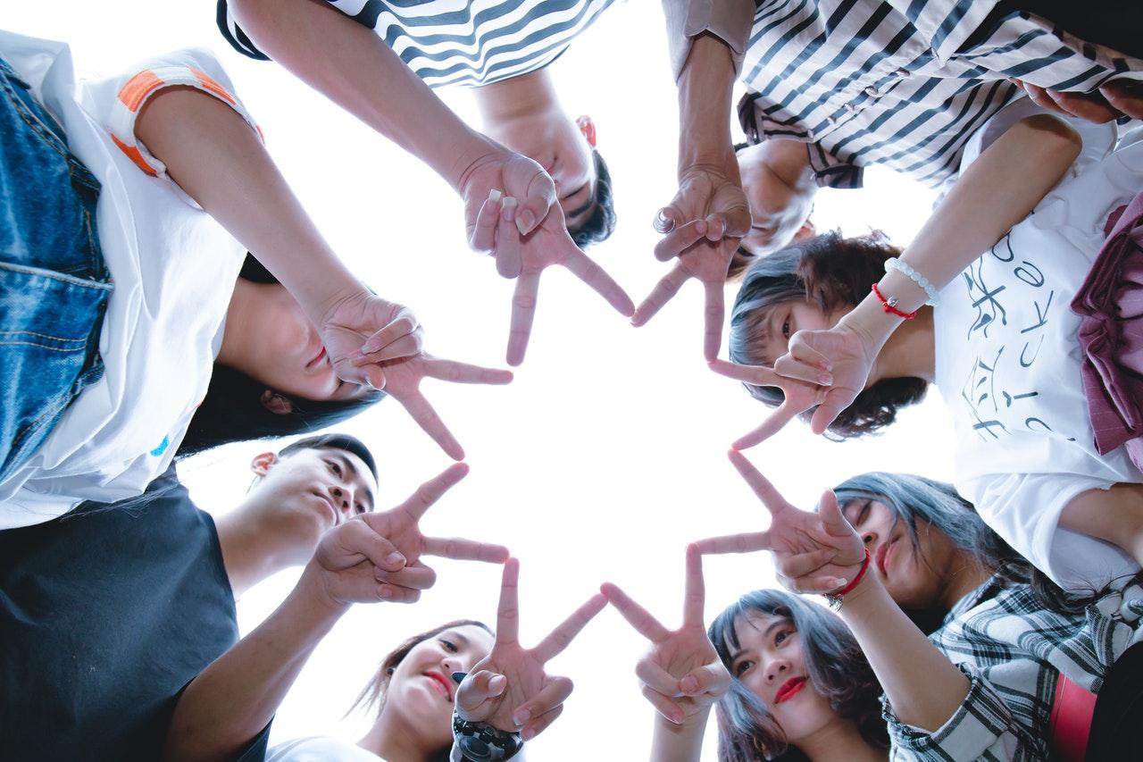 sondaj challenger problemele tinerilor