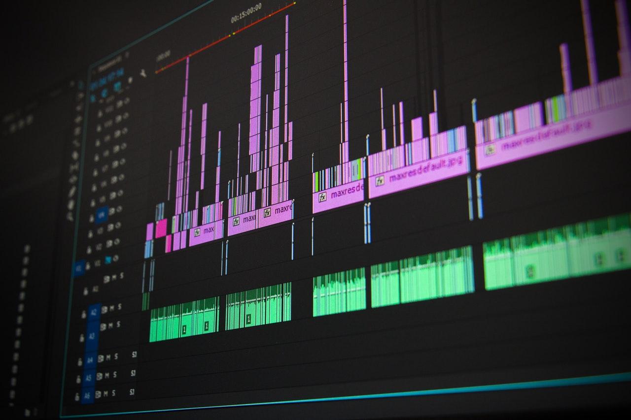 voluntariat editare video