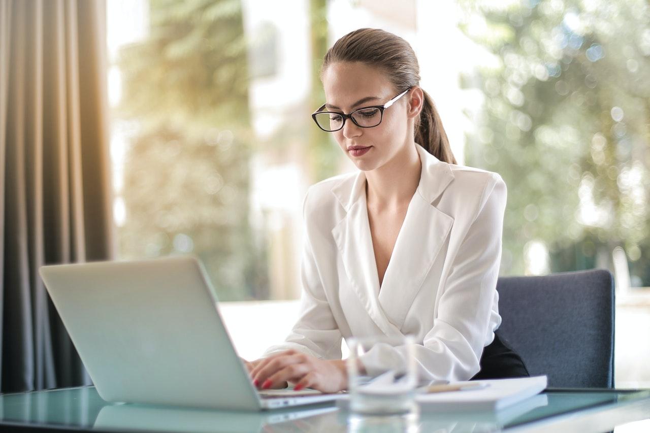 curs online educație antreprenorială pentru femei