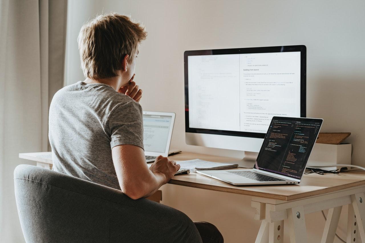 recrutarea în IT HR
