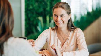 job full-time asistent financiar